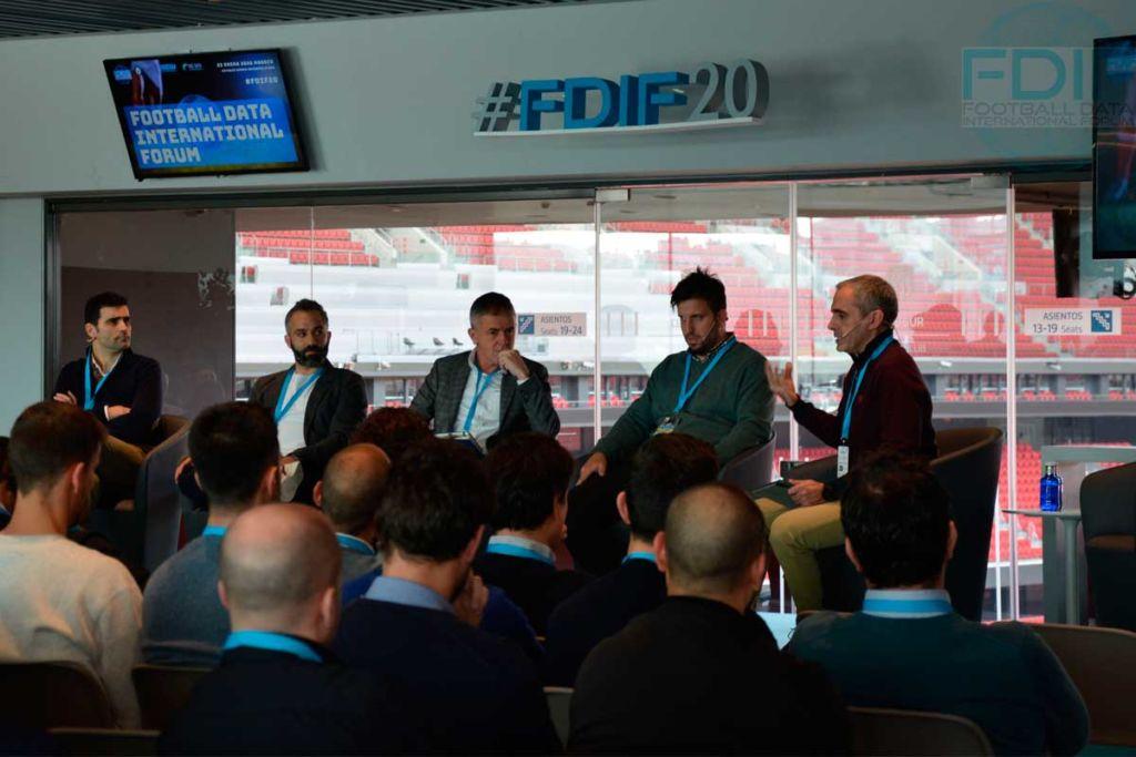 """""""El rol del Analista de Datos en el Fútbol Profesional"""", Football Data International Forum 2020"""