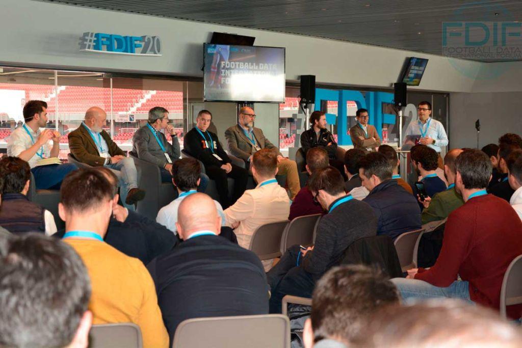 """""""Servicios Profesionales en torno al Dato""""Football Data International Forum 2020"""